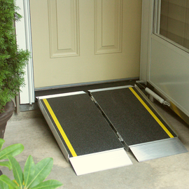 EZ-Access 3' Suitcase Ramp